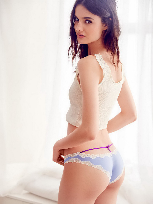 blanca padilla poses in lingerie   picture 16 16 babeimpact