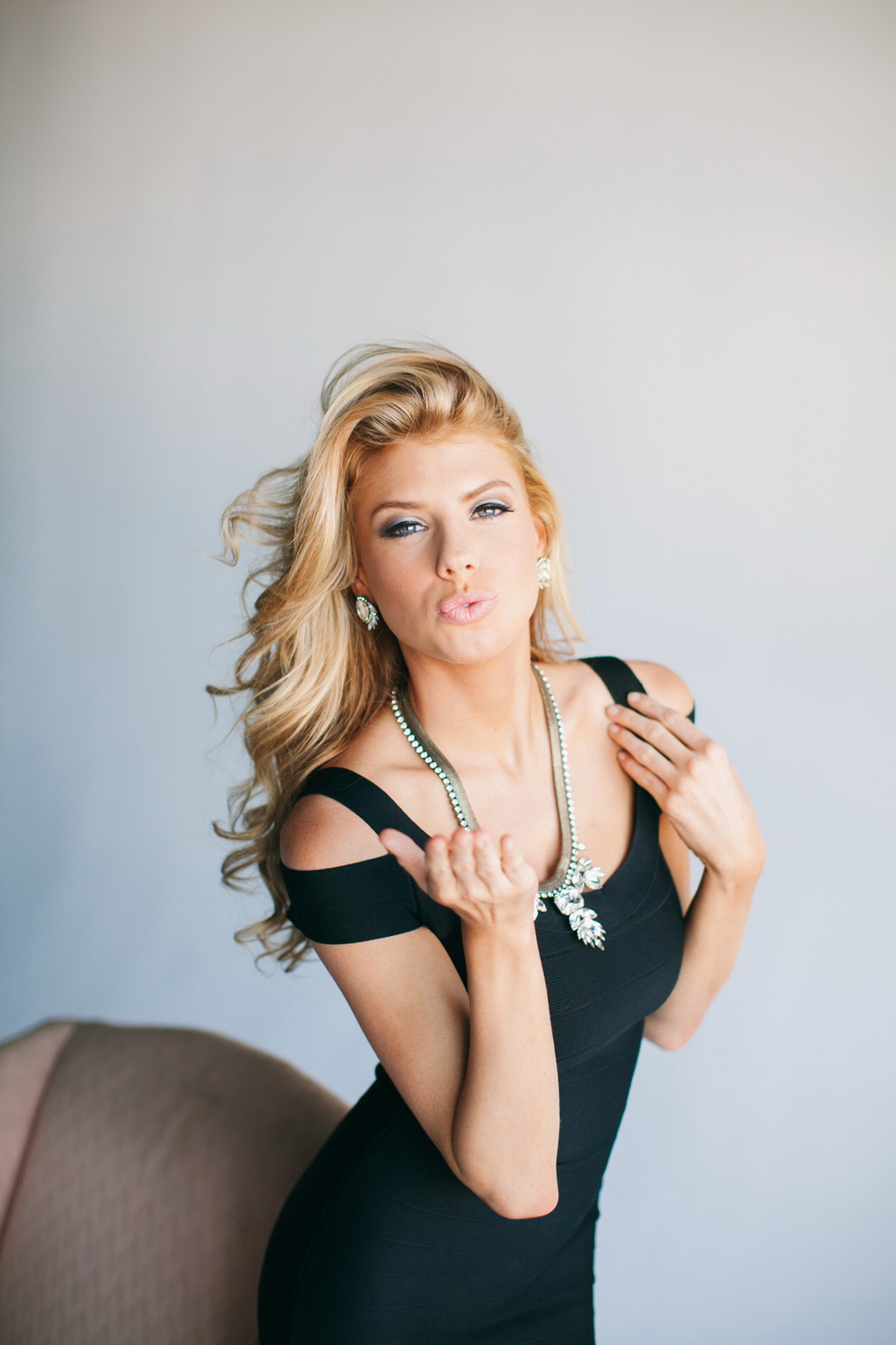 Charlotte McKinney 13