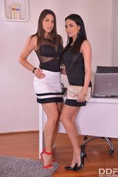 Zafira And Anissa Kate