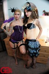 Hot Tattooed Lesbians