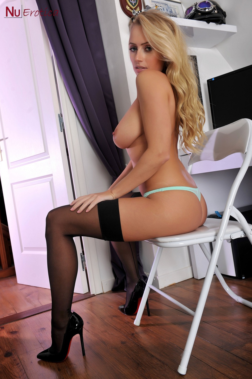 Holly Gibbons 08