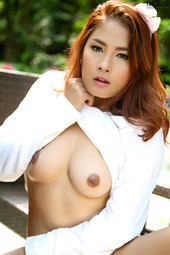 Beautiful Asian Girl Winny Sung