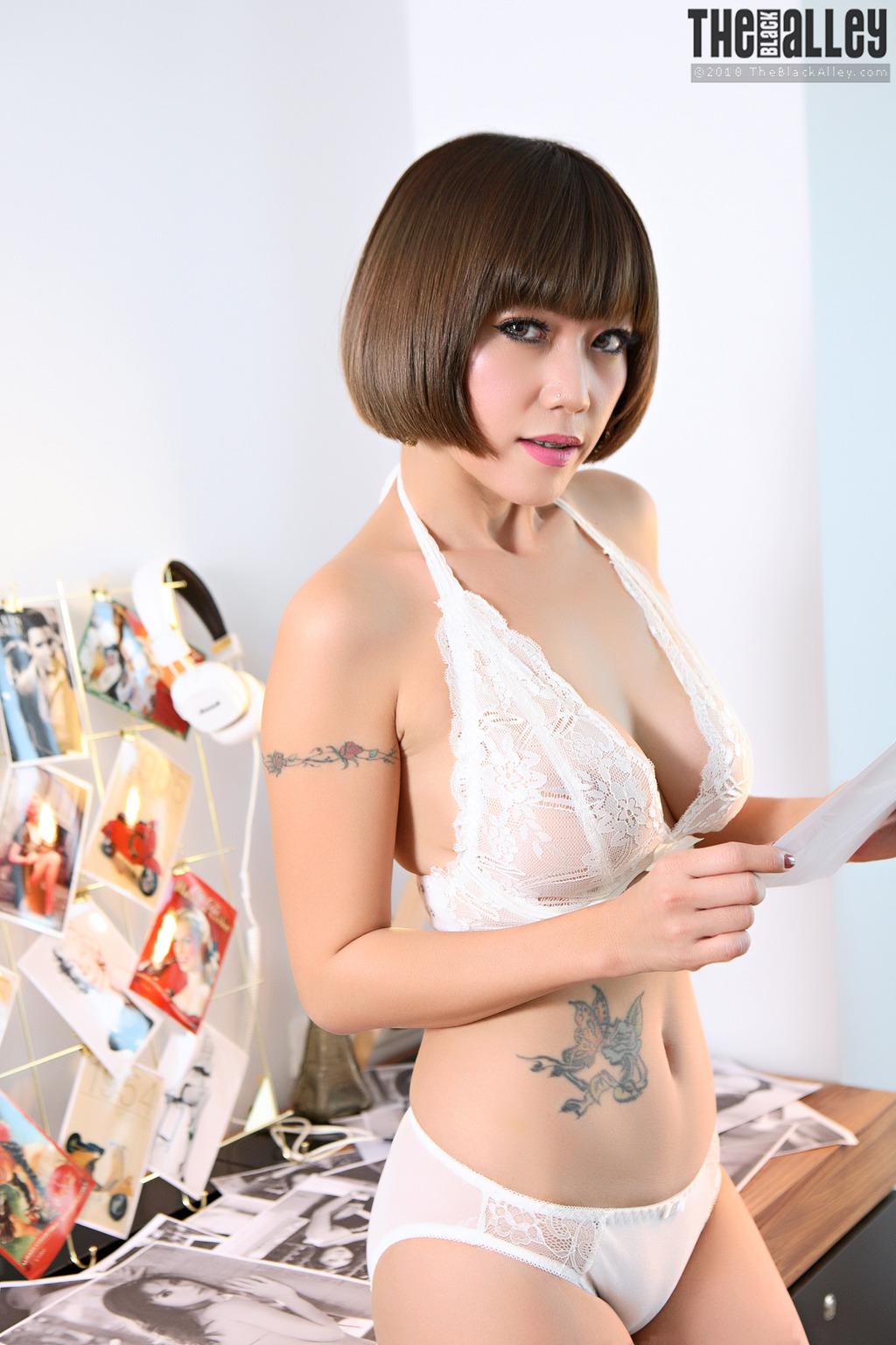 Asian Girll Yuri 01