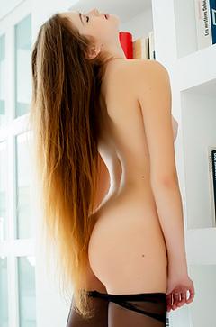 Vanessa In Pantyhose