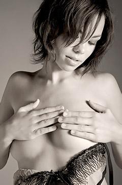 Artistic Beauty Francoise