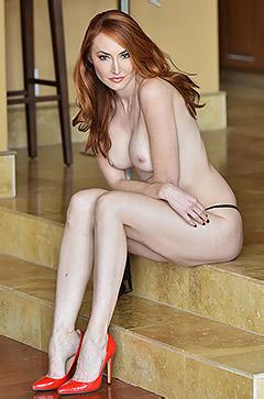 Kendra Her Sexiest Bra