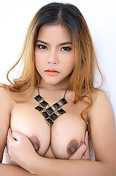 Gorgeous Asian Veevie