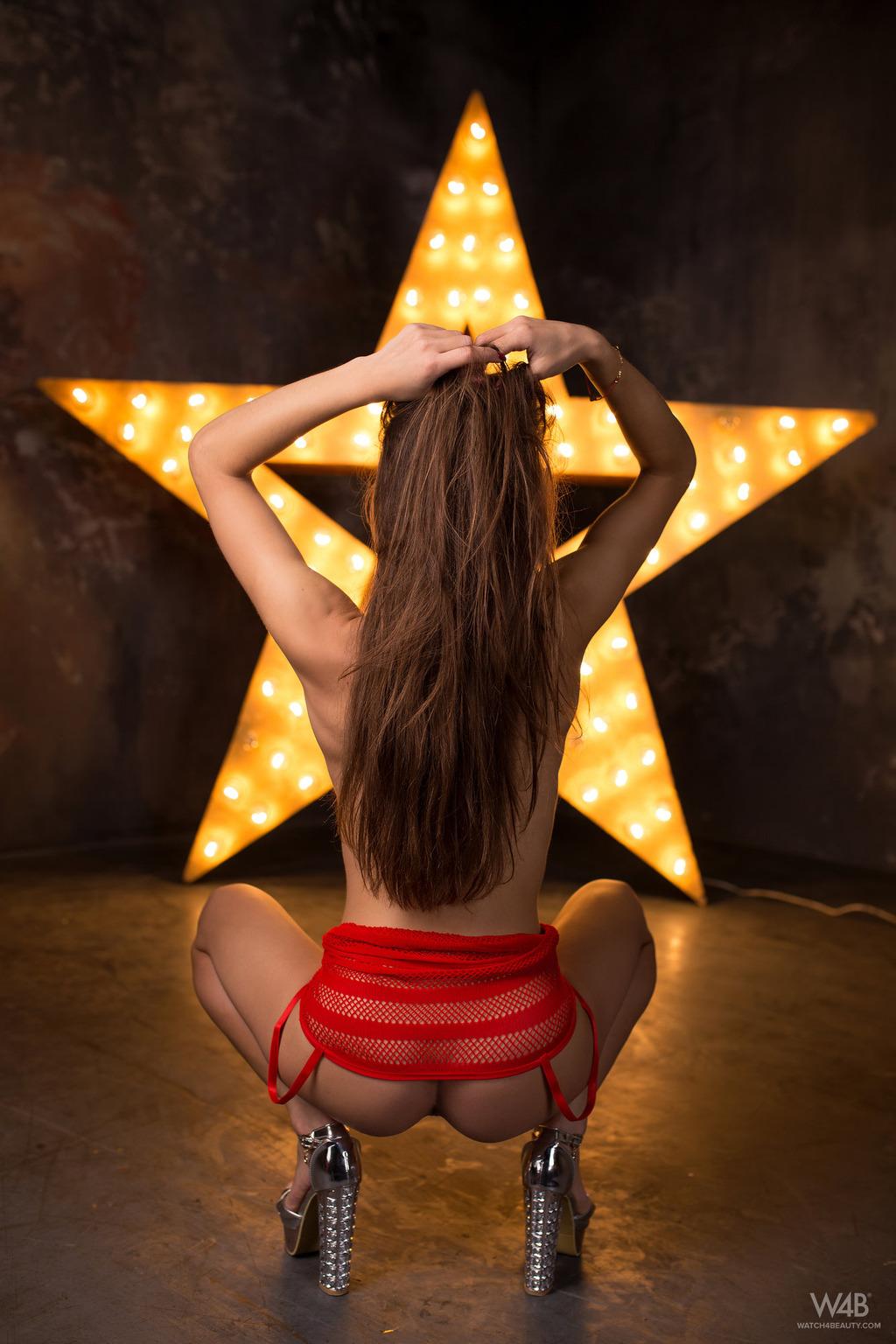 Sophia In Star 01